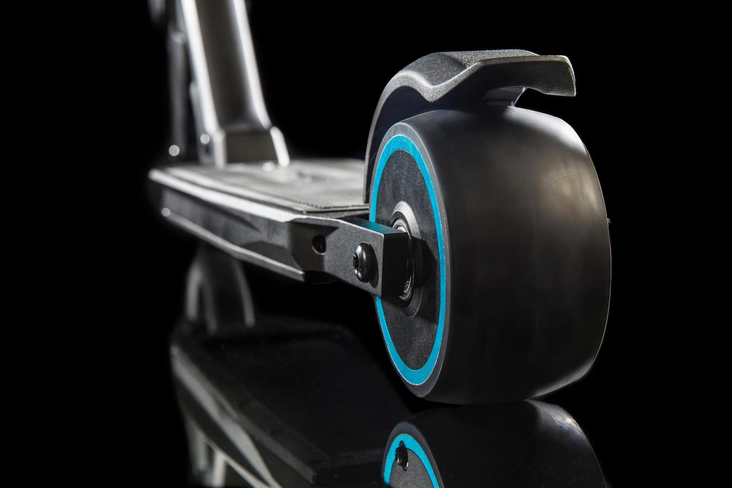 Car News | People want to turn commuting into scooting | CompleteCar.ie
