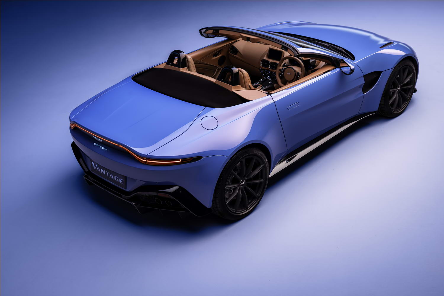 Car News | Aston fully reveals new Vantage Roadster | CompleteCar.ie