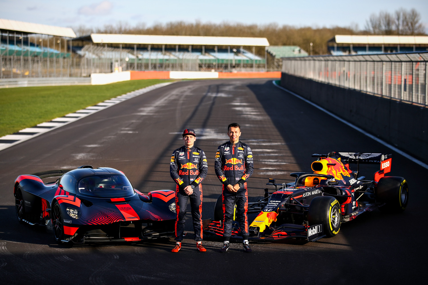 Car News | Red Bull F1 drivers try the Aston Martin Valkyrie | CompleteCar.ie