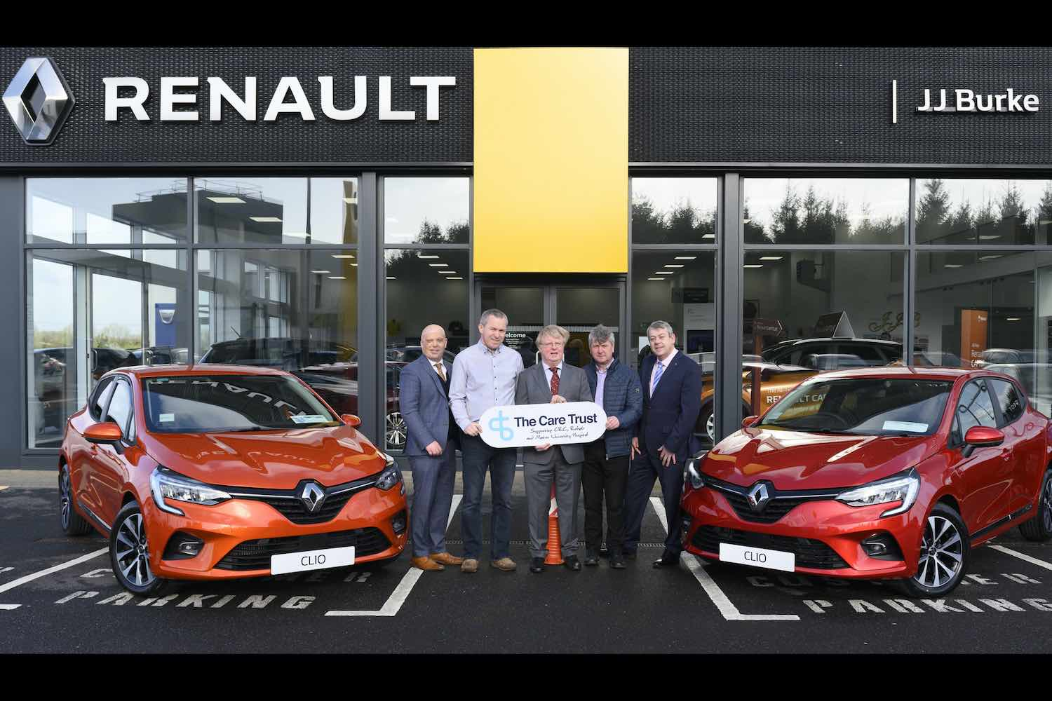 Car News | Renault Ireland hands over first cars to winners of charity lotto | CompleteCar.ie