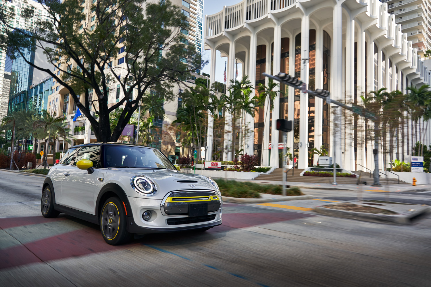 Car News | MINI Electric goes on sale in Ireland | CompleteCar.ie