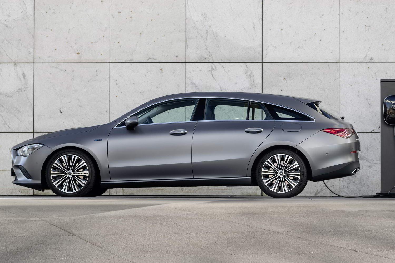 Car News | Mercedes reveals hybrid CLA and GLA | CompleteCar.ie