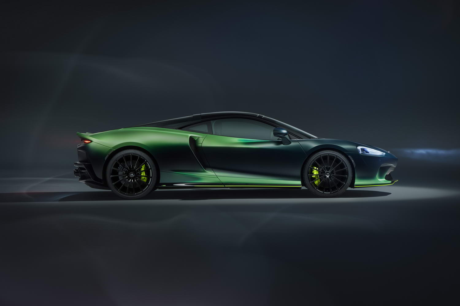 Car News | Go green with envy over McLaren GT MSO | CompleteCar.ie