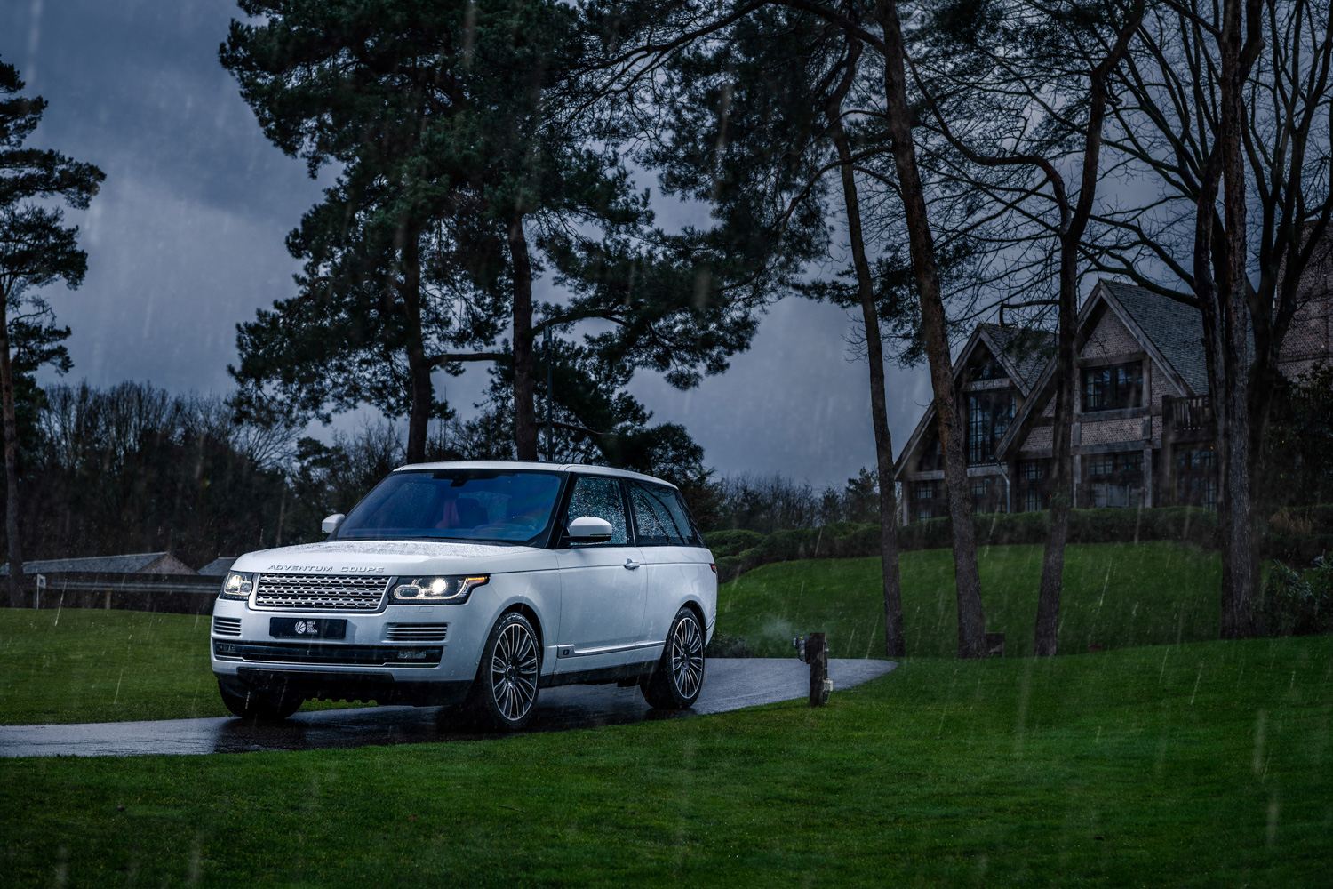 Car News | Adventum Coupe is the two-door Range Rover we never got | CompleteCar.ie