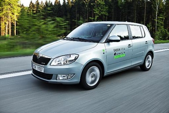 Car News | Skoda Fabia achieves more than 2,000km on one tank | CompleteCar.ie