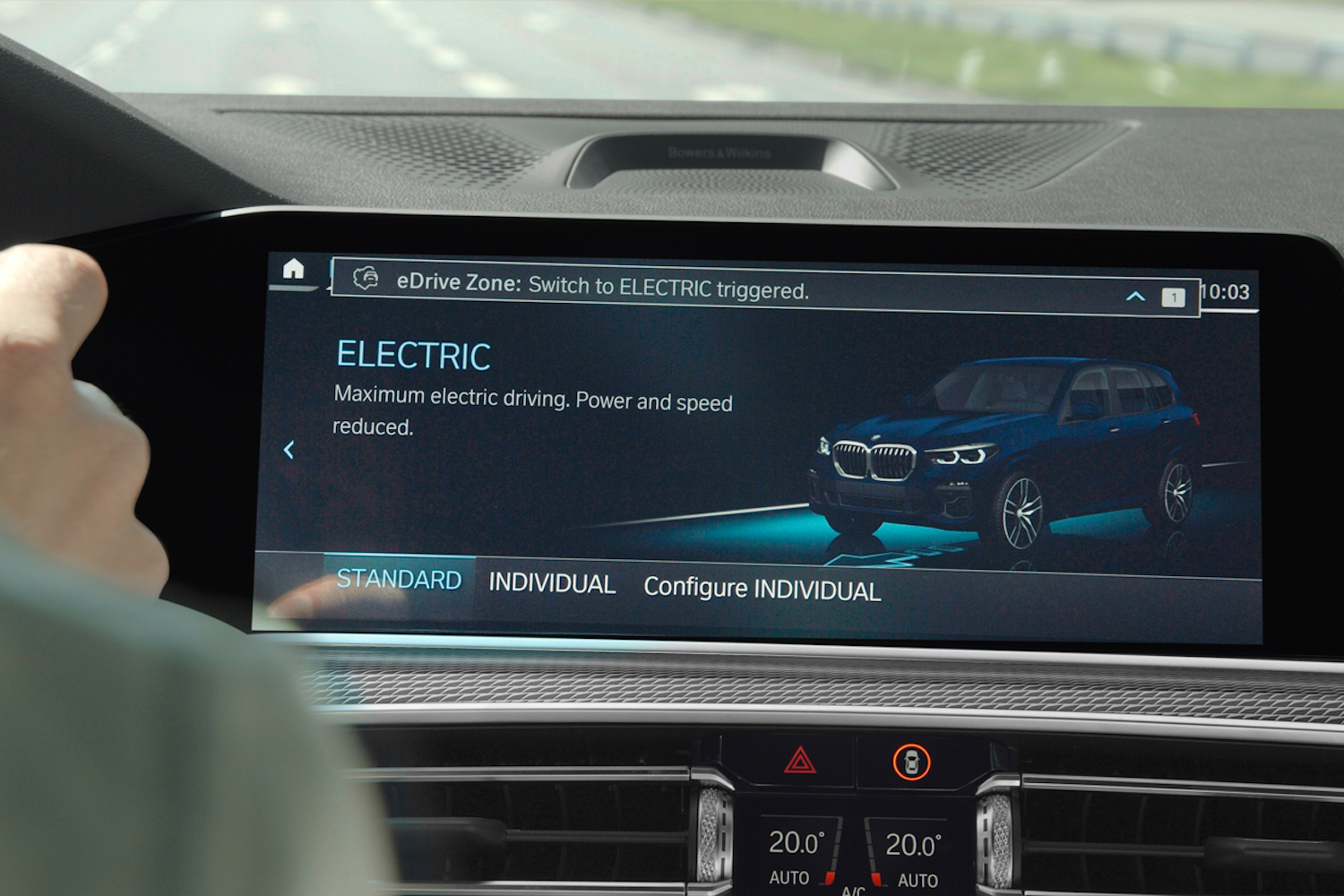 Car News | BMW rolls out automatic zero-emissions driving | CompleteCar.ie