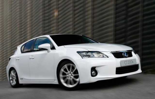 Car News | CT200h races to the top of the hybrid charts | CompleteCar.ie
