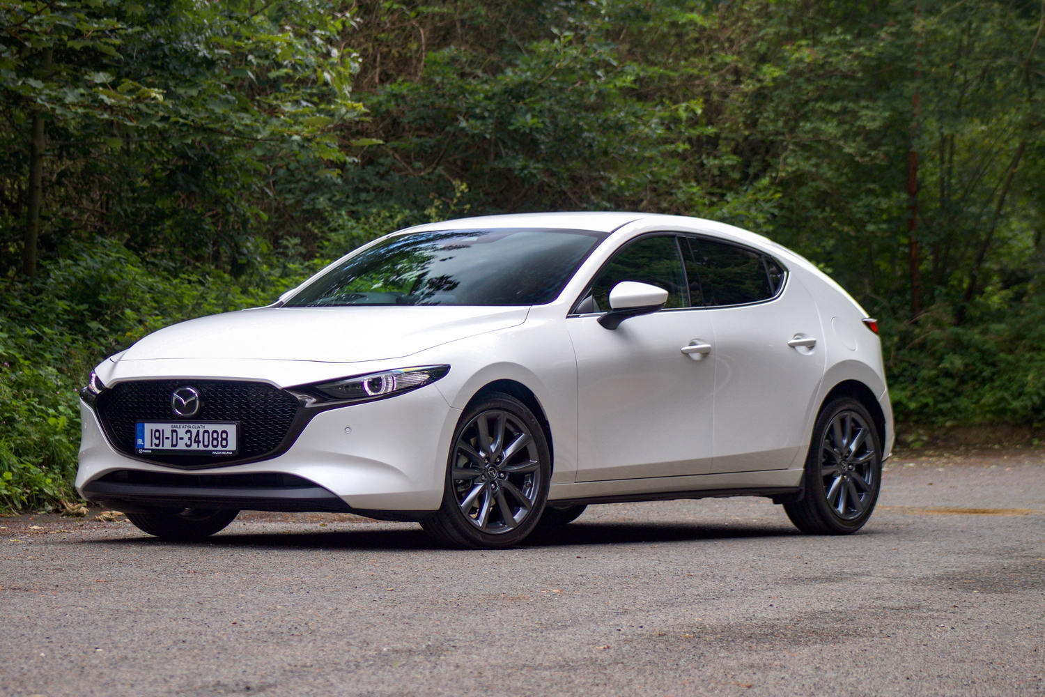 Car Reviews | Mazda 3 2.0 SkyActiv-G M-Hybrid (2020) | CompleteCar.ie
