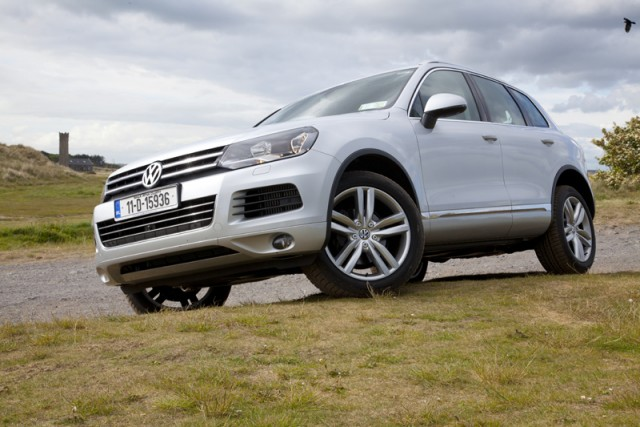 Car Reviews | Volkswagen Touareg | CompleteCar.ie