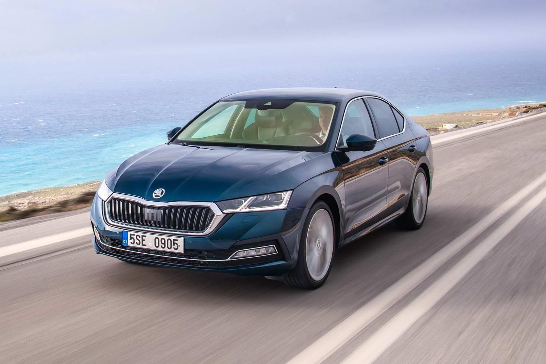 Car Reviews | Skoda Octavia 2.0 TDI DSG (2020) | CompleteCar.ie