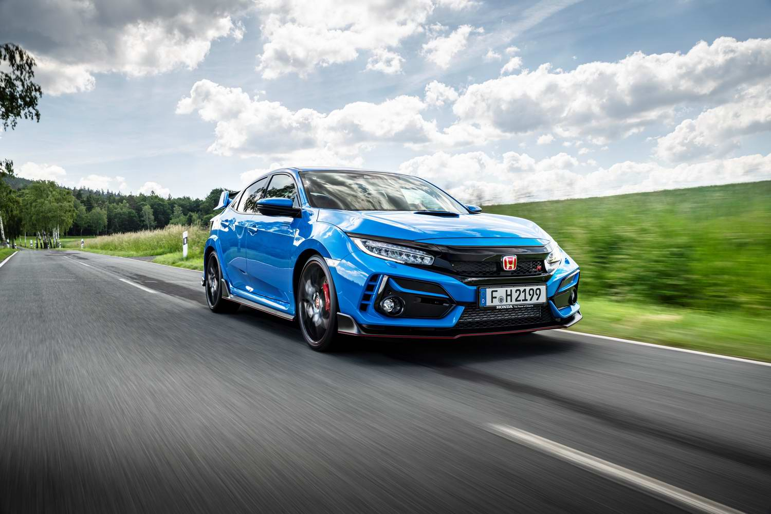 Car Reviews | Honda Civic Type R (2021) | CompleteCar.ie