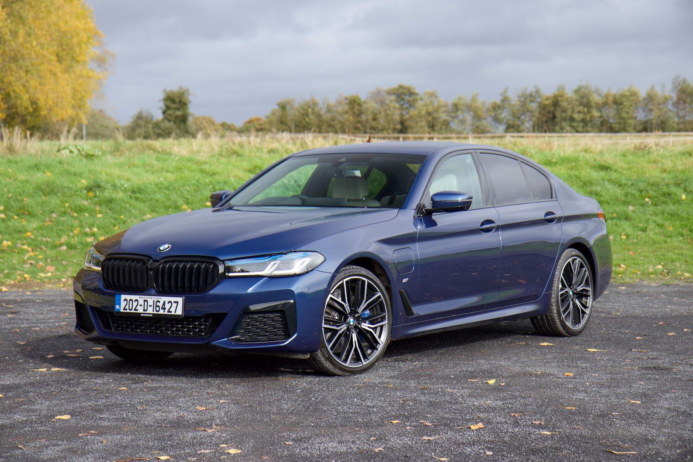 Car Reviews | BMW 530e plug-in hybrid (2020) | CompleteCar.ie