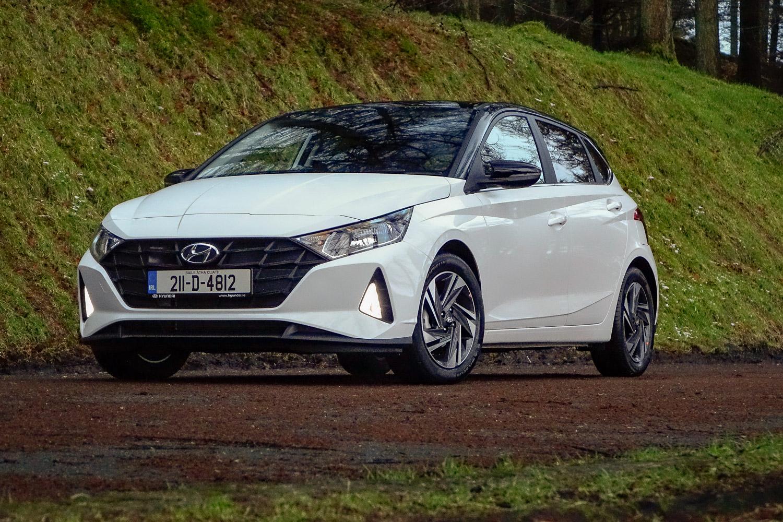 Car Reviews | Hyundai i20 1.2 Launch Edition (2021) | CompleteCar.ie