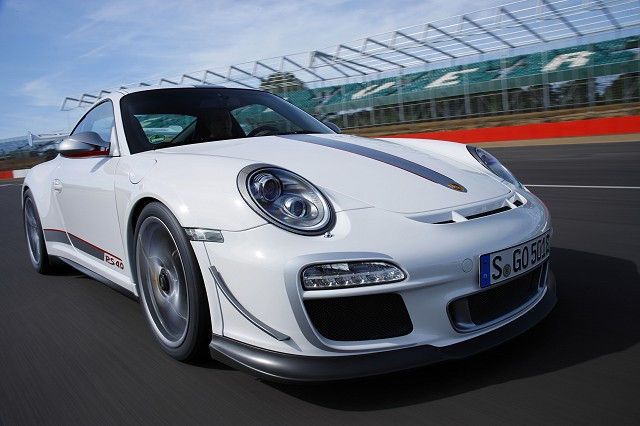 Car Reviews | Porsche 911 GT3 RS 4.0 | CompleteCar.ie