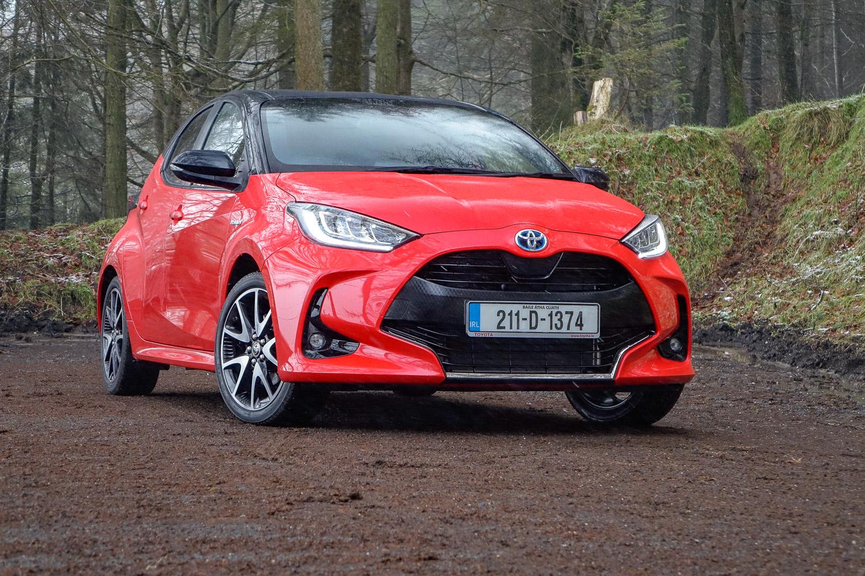 Car Reviews | Toyota Yaris Hybrid (2021) | CompleteCar.ie