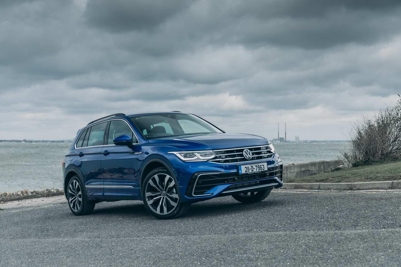 Car Reviews | Volkswagen Tiguan 2.0 TDI 150 R-Line (2021) | CompleteCar.ie