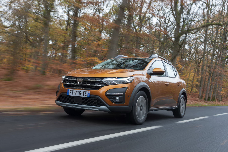 Car Reviews   Dacia Sandero Stepway 1.0 petrol (2021)   CompleteCar.ie
