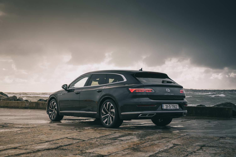 Car Reviews   Volkswagen Arteon Shooting Brake (2021)   CompleteCar.ie