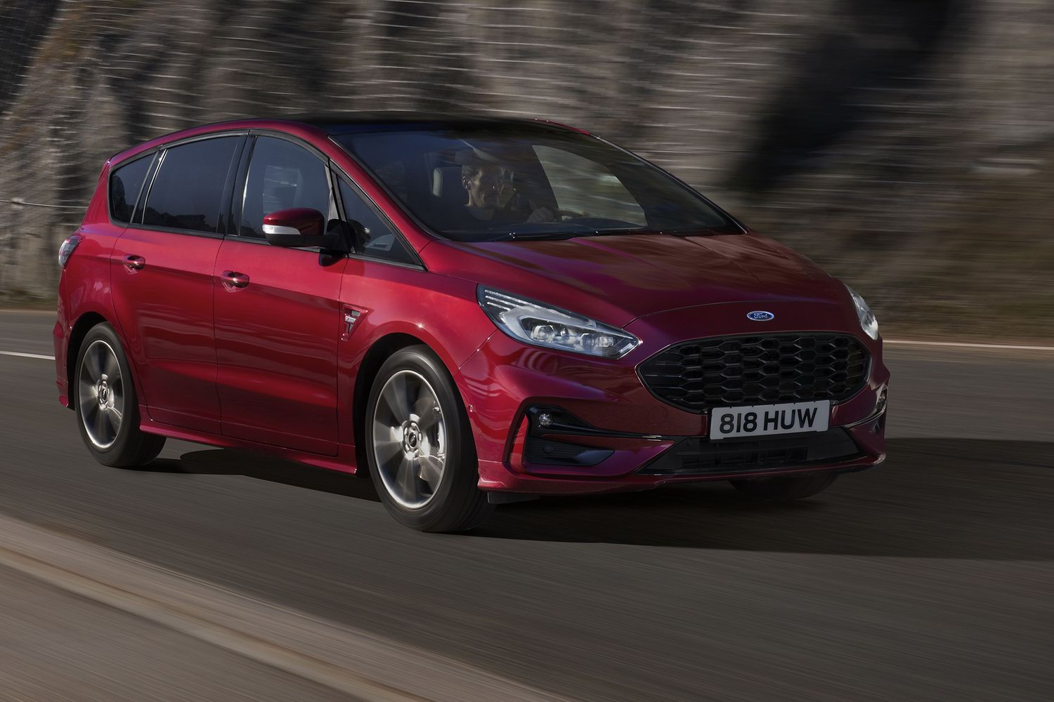 Car Reviews | Ford S-Max Hybrid (2021) | CompleteCar.ie