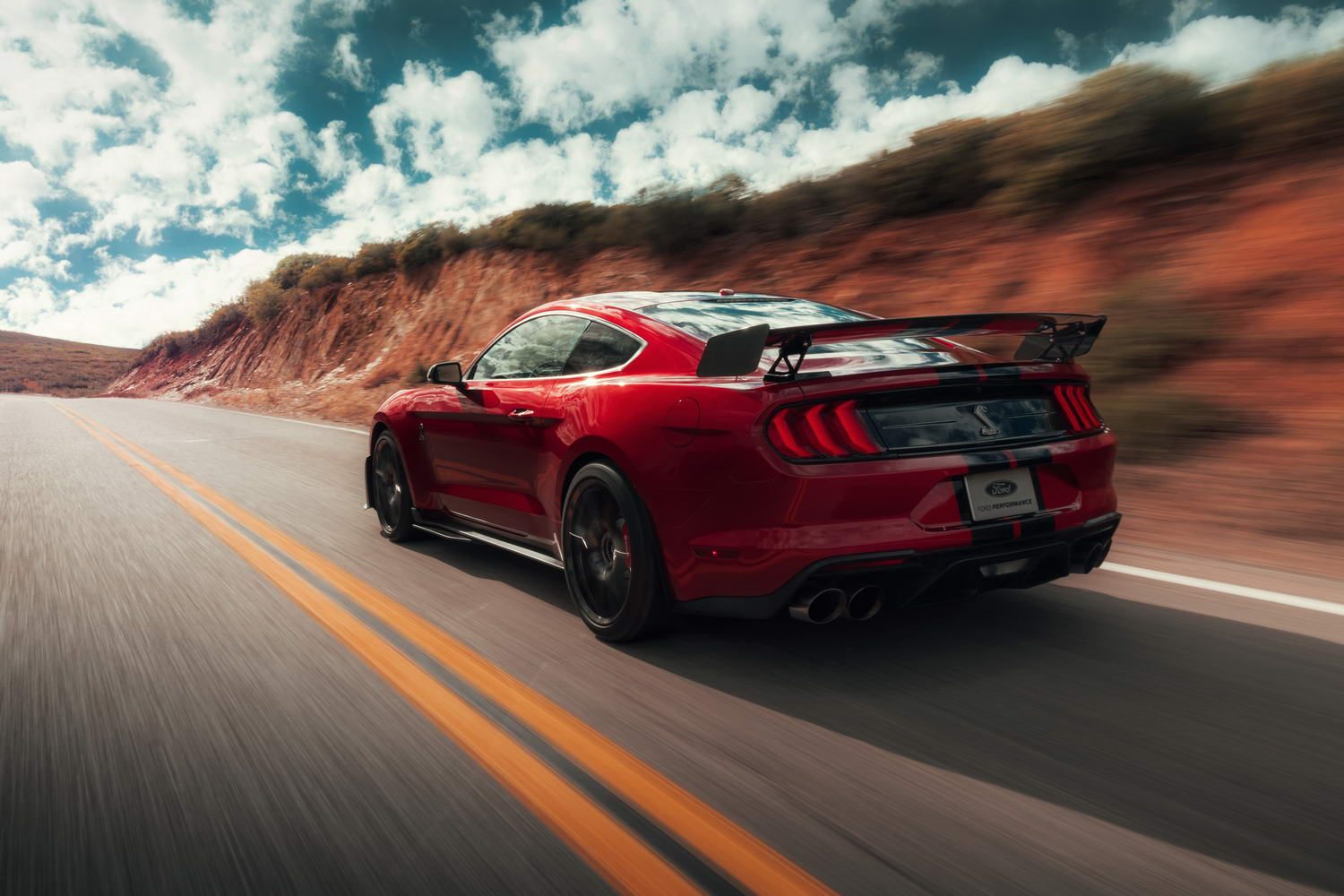 Car Reviews | Ford Shelby GT500 (2021) | CompleteCar.ie
