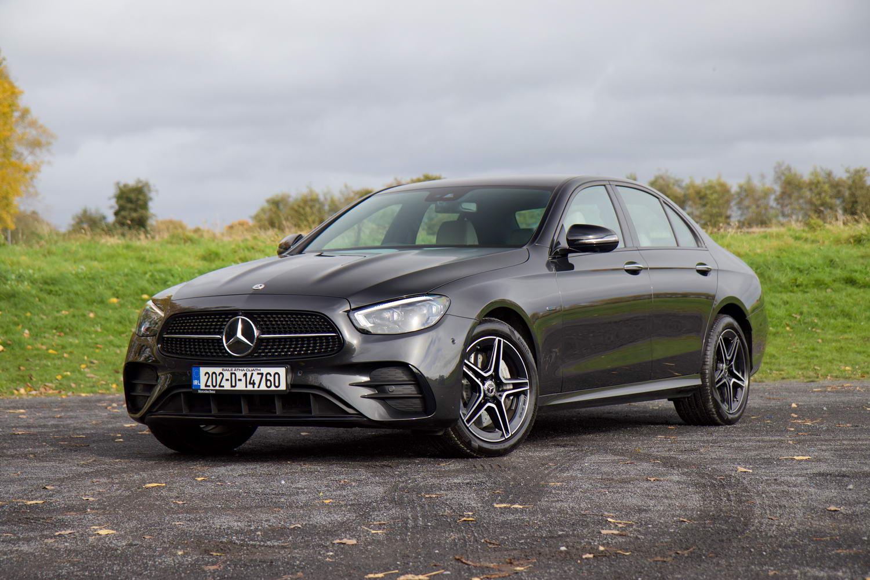 Car Reviews | Mercedes-Benz E 300 de hybrid (2021) | CompleteCar.ie