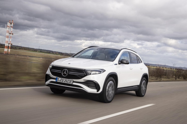 Car Reviews | Mercedes-Benz EQA 250 (2021) | CompleteCar.ie