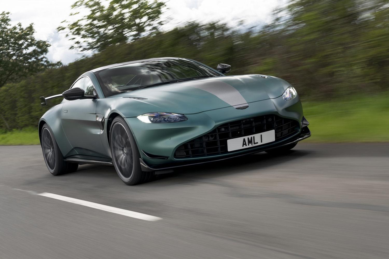 Car Reviews | Aston Martin Vantage F1 Edition (2021) | CompleteCar.ie