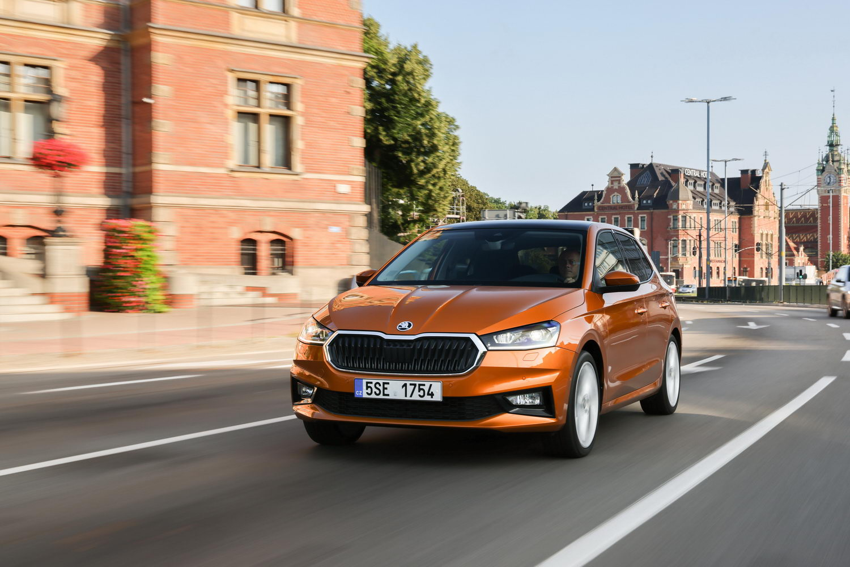 Car Reviews   Skoda Fabia 1.0 TSI (2022)   CompleteCar.ie