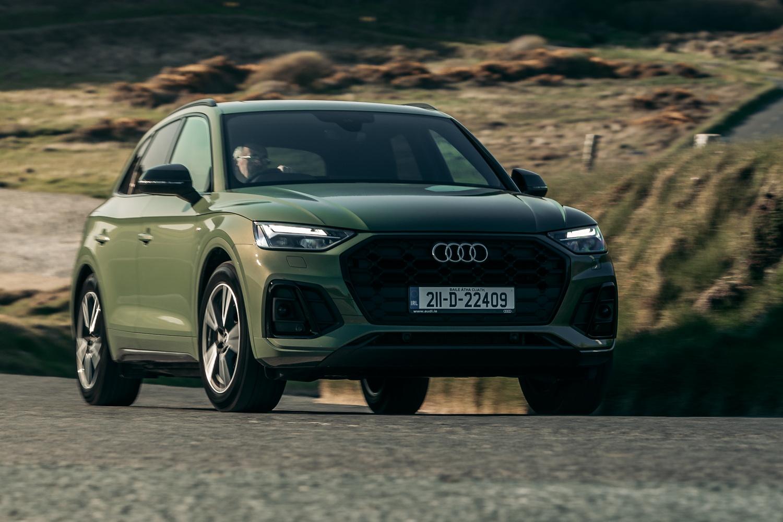 Car Reviews   Audi Q5 S line 35 TDI (2021)   CompleteCar.ie