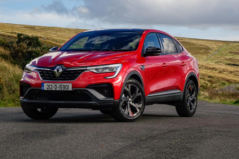 Car Reviews | Renault Arkana TCe 140 (2021) | CompleteCar.ie