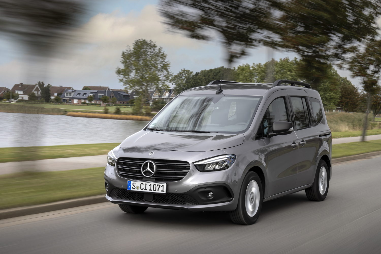 Car Reviews | Mercedes-Benz Citan Tourer 110 CDI (2022) | CompleteCar.ie