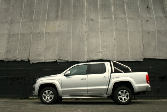 Car Reviews | Volkswagen Amarok | CompleteCar.ie