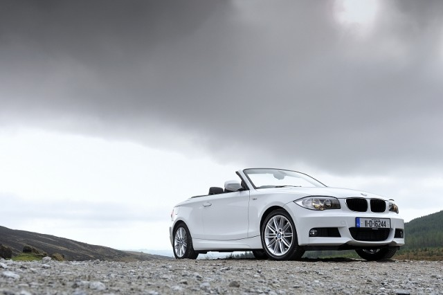 Car Reviews | BMW 1 Series Convertible | CompleteCar.ie
