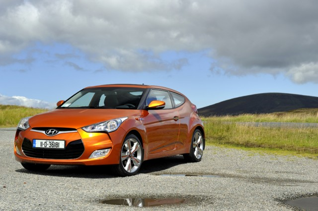 Car Reviews | Hyundai Veloster | CompleteCar.ie