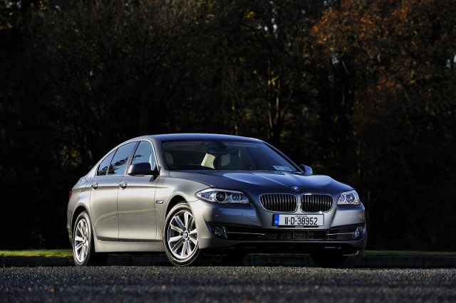 Car Reviews | BMW 520d EfficientDynamics | CompleteCar.ie