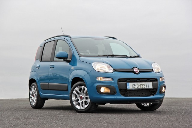 Car Reviews | Fiat Panda | CompleteCar.ie