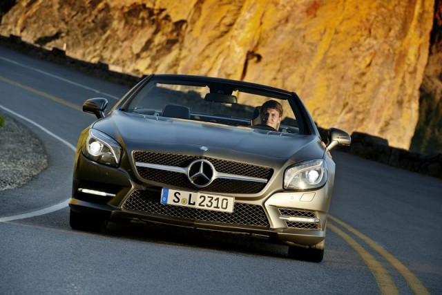 Car Reviews | Mercedes-Benz SL | CompleteCar.ie