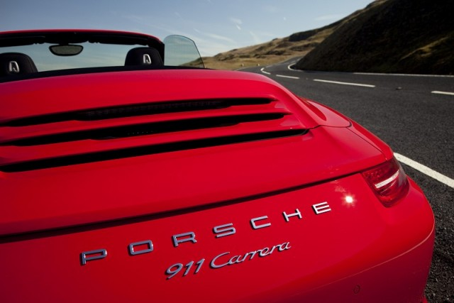 Car Reviews | Porsche 911 Cabriolet | CompleteCar.ie
