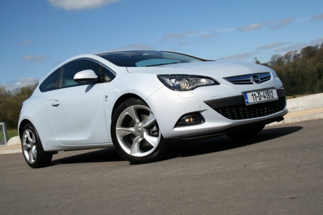 Car Reviews | Opel Astra GTC Turbo | CompleteCar.ie