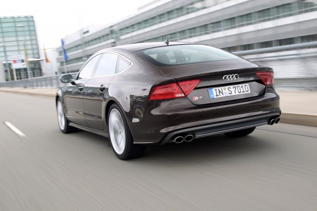 Car Reviews | Audi S7 Sportback | CompleteCar.ie