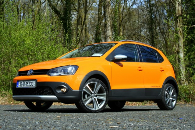 volkswagen cross polo reviews complete car. Black Bedroom Furniture Sets. Home Design Ideas