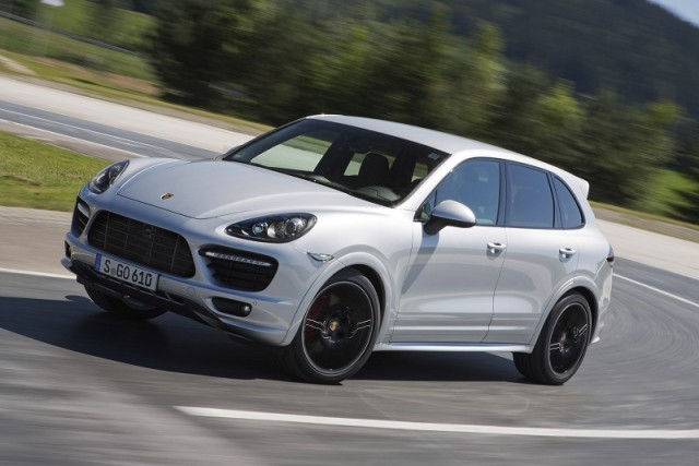 Car Reviews | Porsche Cayenne GTS | CompleteCar.ie