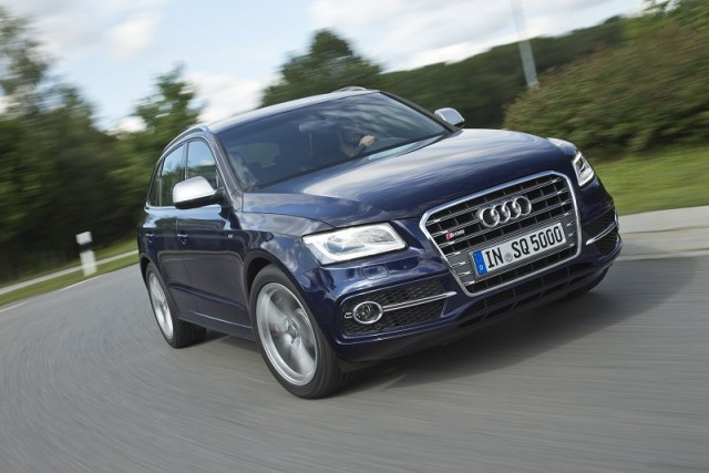 Car Reviews | Audi SQ5 TDI | CompleteCar.ie