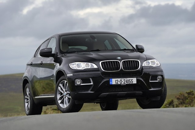 Car Reviews | BMW X6 | CompleteCar.ie