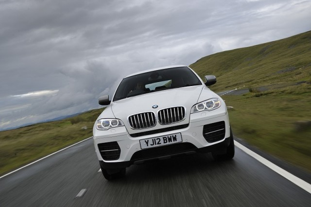 Car Reviews | BMW X6 M50d | CompleteCar.ie