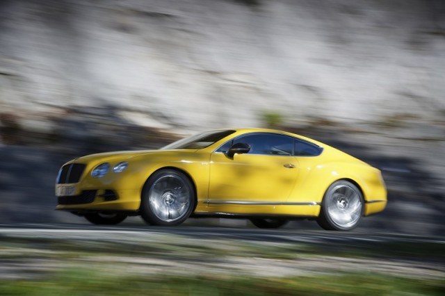 Car Reviews | Bentley Continental GT | CompleteCar.ie