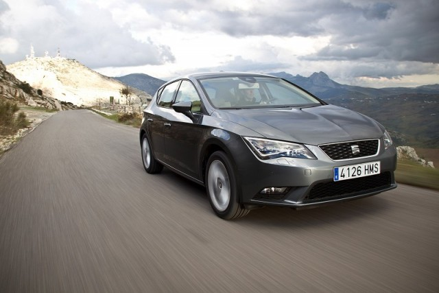 Car Reviews | SEAT Leon | CompleteCar.ie