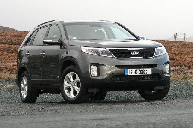 Car Reviews | Kia Sorento | CompleteCar.ie