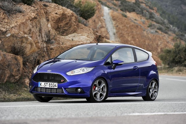 Car Reviews | Ford Fiesta ST | CompleteCar.ie