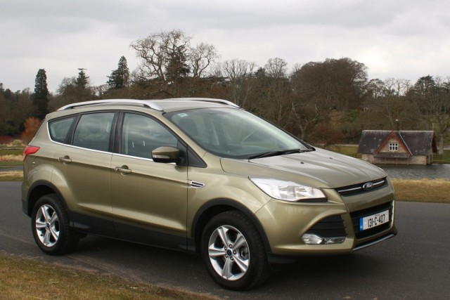 Car Reviews | Ford Kuga | CompleteCar.ie